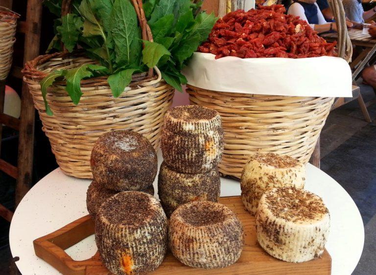 caseificio borderi, street food sicilia